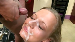Party in the Salon not far from facial cumshots