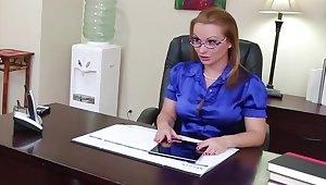 Katja Kassin added to her employee