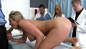 Doctor Ramon coupled with his voluptuous Zoey Holiday