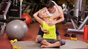 Szandi & Nautical head Price in A Very Personal Trainer, Scene #01 - 21Sextreme