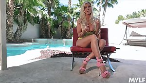 Solitary solo show performed by eye catching busty tow-haired sexpot Brittany Andrews