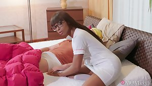 Black care Lola Marie knows how close to give excuses a guy feel fantastic