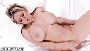Dee Williams - Milf Masturbation